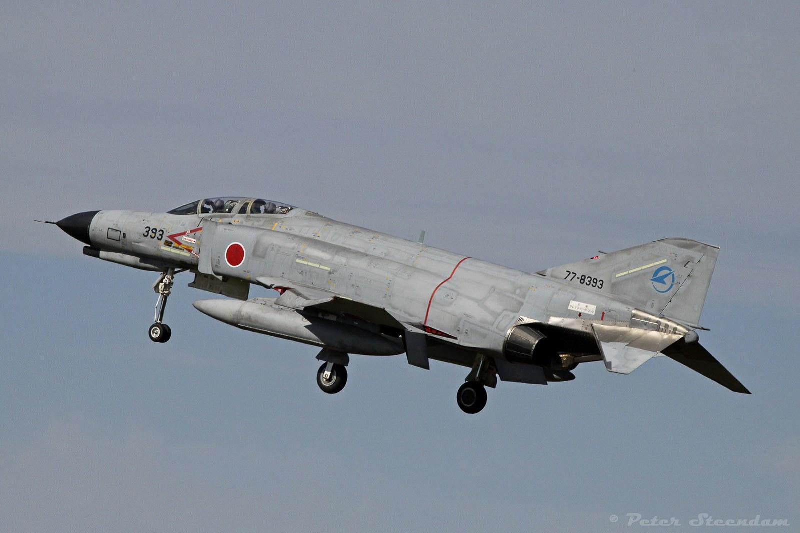 f-4ej-77-8393-hkj-landing_mod_fb